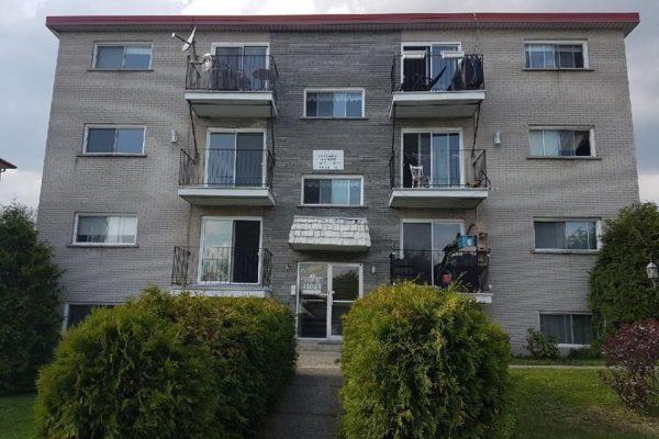 VENDU 935, rue Papineau à Sherbrooke à 850$/mois tout inclus et semi-meublé